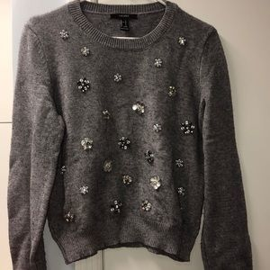 Fancy flower sweater
